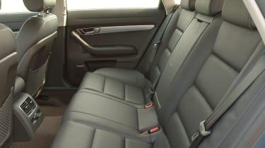 Audi A6 Allroad 3.2 FSI rear seats