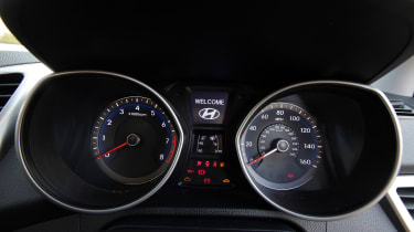 Used Hyundai i30 - dials