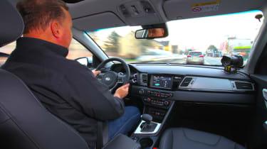 Kia Niro 2016 review - Steve Fowler driving