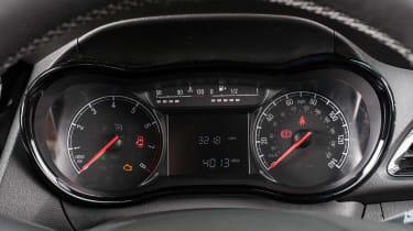 Vauxhall Viva Rocks - dials