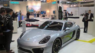Porsche Cayman e-volution