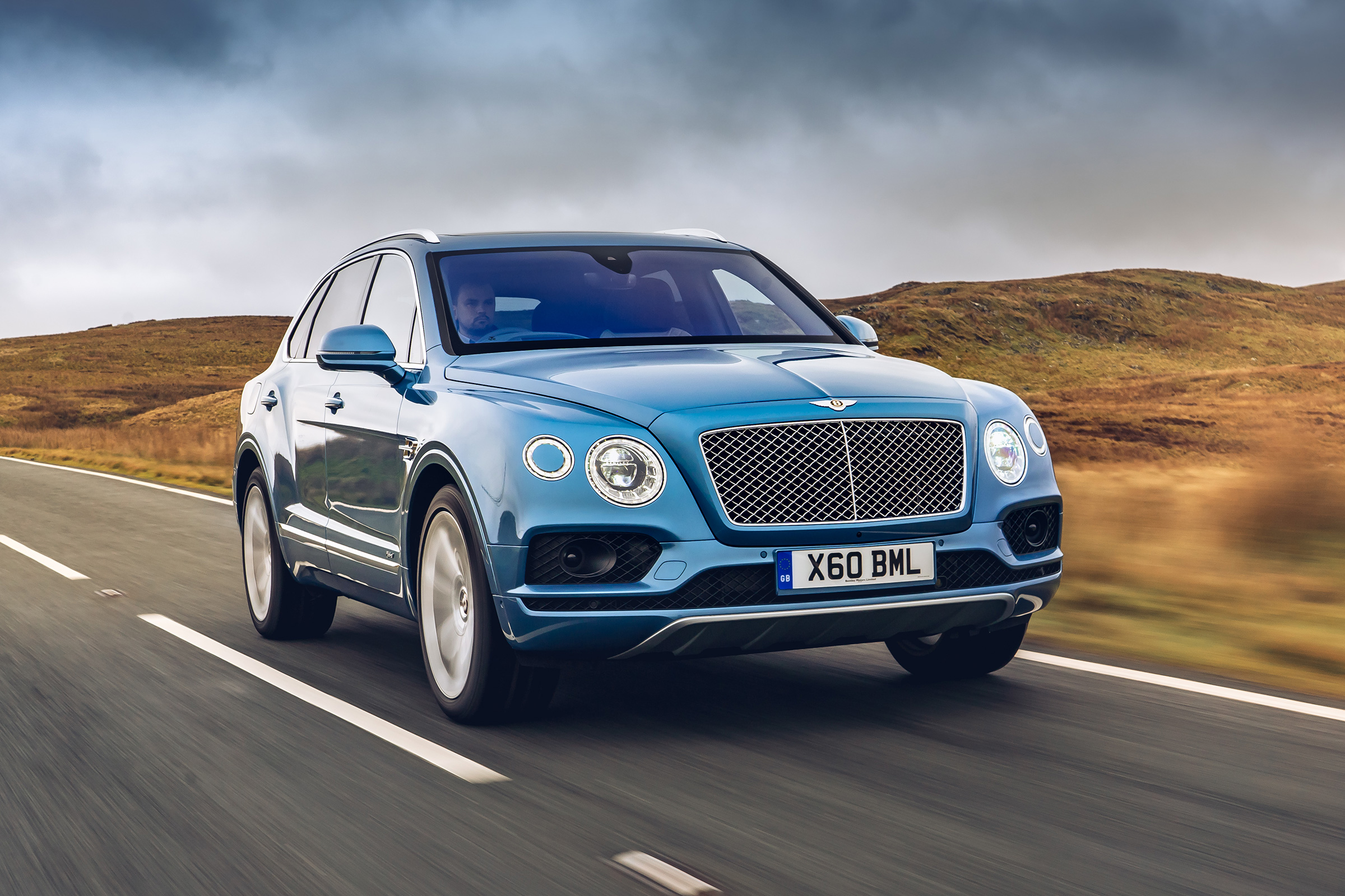 New Bentley Bentayga Hybrid 2019 Review Auto Express