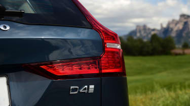Volvo V60 - D4 badge
