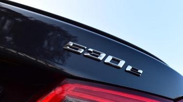 BMW 530e - 530e badge