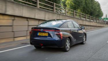 Toyota Mirai - rear action