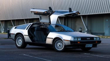 DMC DeLorean - front doors open
