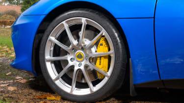 Lotus Evora GT410 Sport - wheel