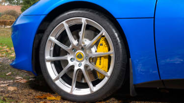Lotus Evora GT410 Sport - wheel