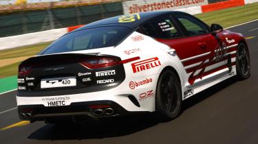Kia Stinger GT420 - rear 3/4 tracking