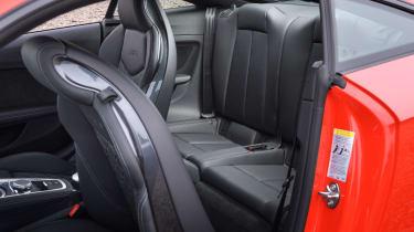 Audi TT RS 2016 - rear seats
