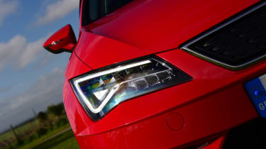 SEAT Leon ST - front light