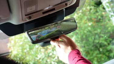 Land Rover Discovery Sport D180 first report - rear view mirror