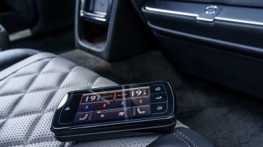 Bentley Flying Spur V8 S - remote device