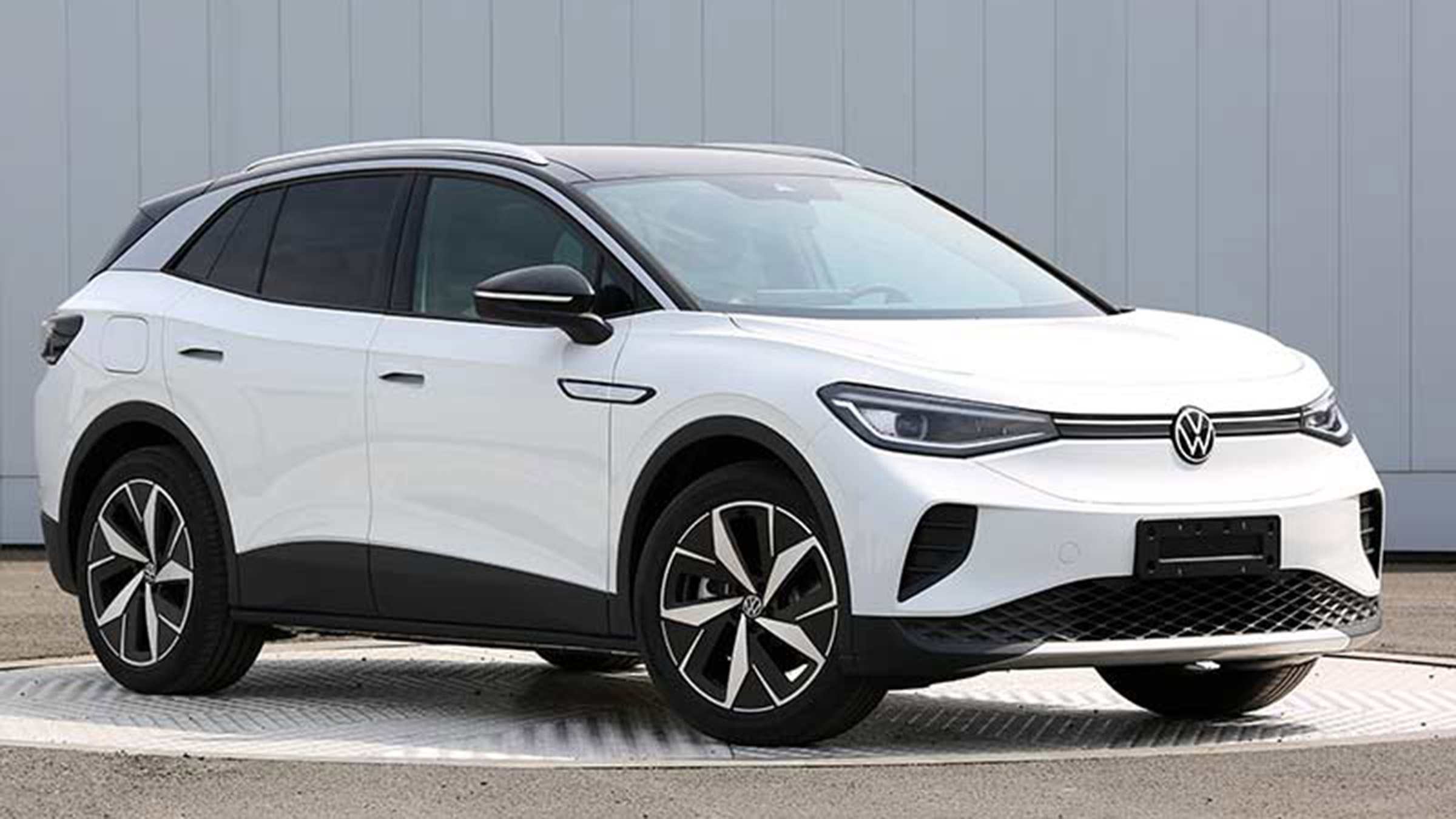 New 2021 Volkswagen ID.4 electric SUV leaked in revealing ...