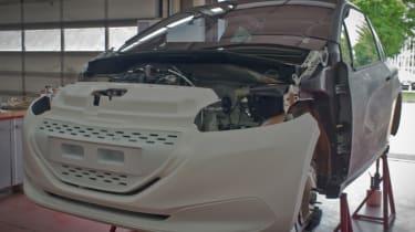 Peugeot 208 FE front static