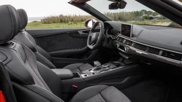Audi S5 Cabriolet - interior