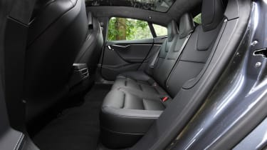 Tesla Model S Long Range - rear seats