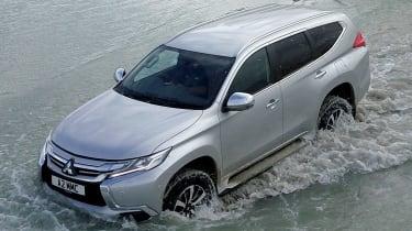 Mitsubishi Shogun Sport water driving