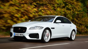 Jaguar XF front tracking