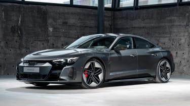 Audi e-tron GT - grey front