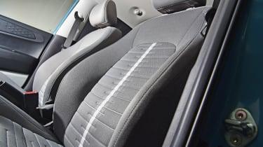 Hyundai i10 - seat studio