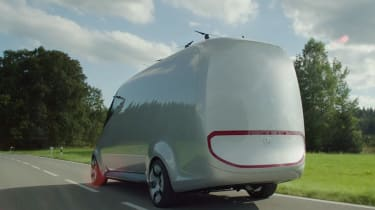 Mercedes Vision Van - video rear tracking