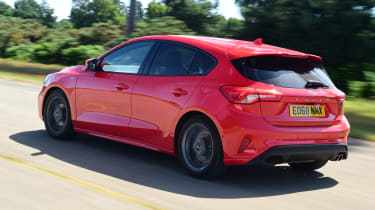 Ford Focus - rear tracking