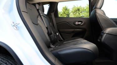 Jeep Cherokee diesel 2014 back seats