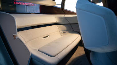 Audi AI:ME concept - rear bench