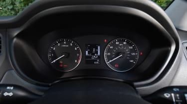 Hyundai i20 Turbo Edition - instruments