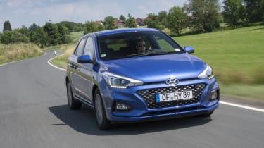 Hyundai i20 front tracking
