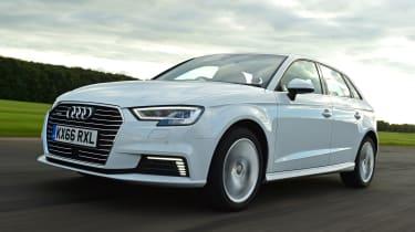 Audi A3 e-tron - front tracking