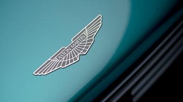 Aston Martin Valhalla - badge