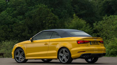 Audi A3 Cabriolet - roof