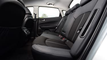 Kia Optima PHEV - seats