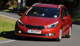 Kia Cee'd Sportswagon 1 1.4 CRDi front cornering
