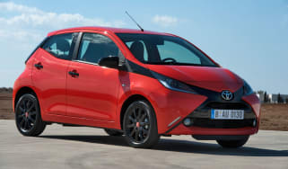 Toyota Aygo red front