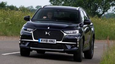DS 7 Crossback - front action