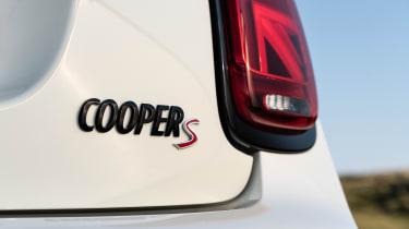 MINI Cooper S - Cooper S badge