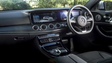 Mercedes E 400 d Estate - dash