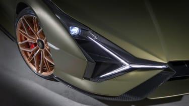 Lamborghini Sian - front lights