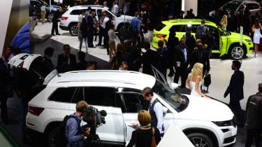 Paris Motor Show 2016 - scene