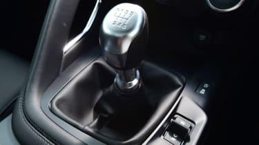 Jaguar E-Pace - transmission