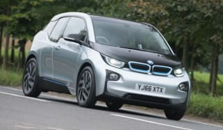 BMW i3 REx 94AH - new front tracking