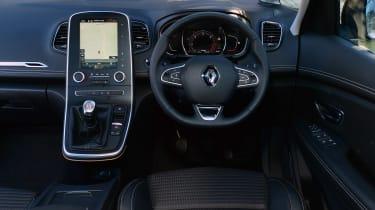 Renault Grand Scenic - dash