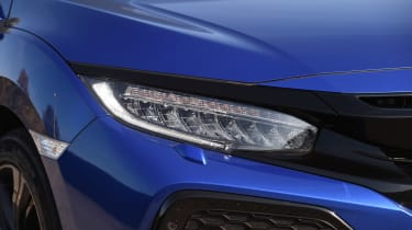 Honda Civic diesel - front lights