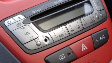 Peugeot 107 Sport XS radio