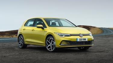 Volkswagen Golf eTSI drive - static front