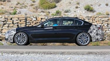BMW 5 Series facelift - spyshot 4