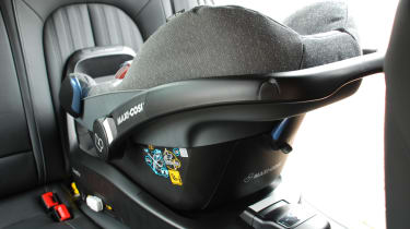 Best baby car seats - seat and base in position
